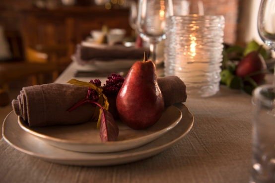 Sept_Oct_harvestplacesetting_pear_2017_edit